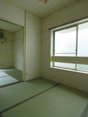 ※写真は201号室のものです