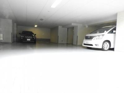 【駐車場】イニシアブランなんば