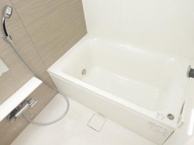 【浴室】イニシアブランなんば