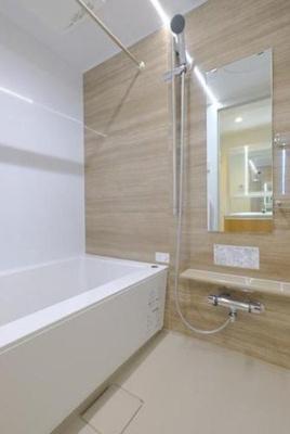 浴室乾燥機付きお風呂に新調しました!