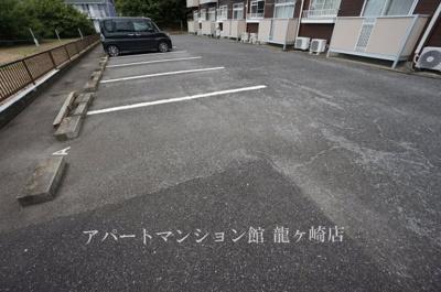 【駐車場】エルディムセブン