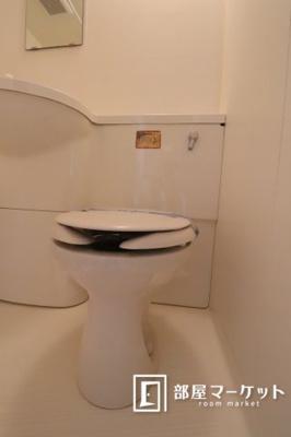 【トイレ】コンフォールまきの