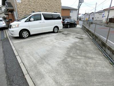 【駐車場】M&K