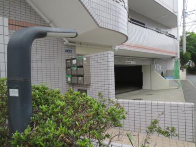 【エントランス】スプリングウェーブ梶ヶ谷