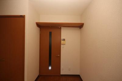 洋室(収納棚)