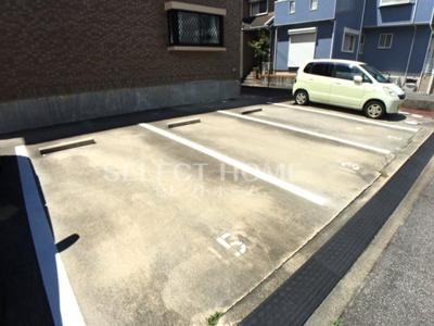 【駐車場】マーサヴィラ