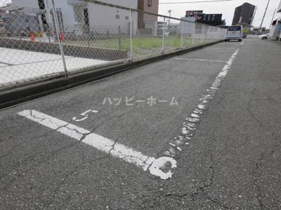 【駐車場】シャトルSK B棟