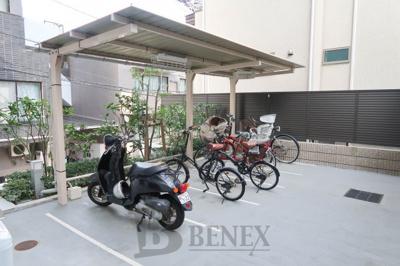 メインステージ若松河田の駐輪場です