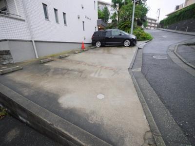 【駐車場】ヴィラグランノール