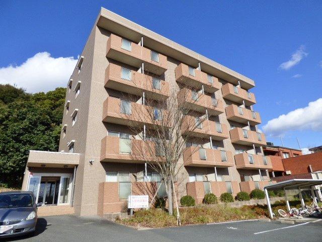 防音性に優れた鉄筋コンクリート造のマンションです。