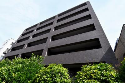 【現地写真】  総戸数27戸のマンションです♪