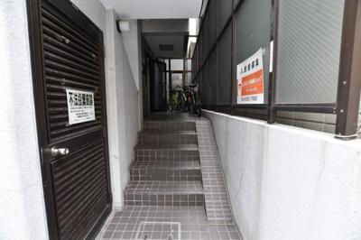 【エントランス】ナンバ88