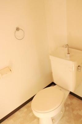 【トイレ】ホワイトレジデンス1