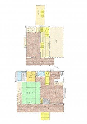 1F、大きな吹き抜けがあり開放感のあるLDK12帖、しっかり造りこまれた和室8帖、2F、洋室7.5帖、小屋裏収納や床下部分にも収納できる空間があるとてもよく考えて建てられた永住用にも適しています♪