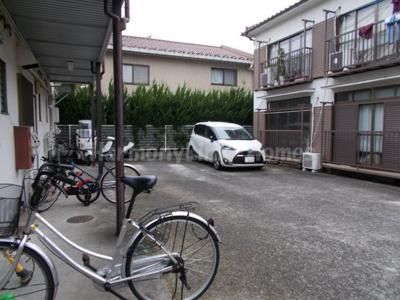 ハウス篠崎8号棟の駐輪スペース☆