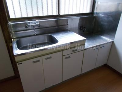 ハウス篠崎8号棟のお料理しやすいキッチンです★