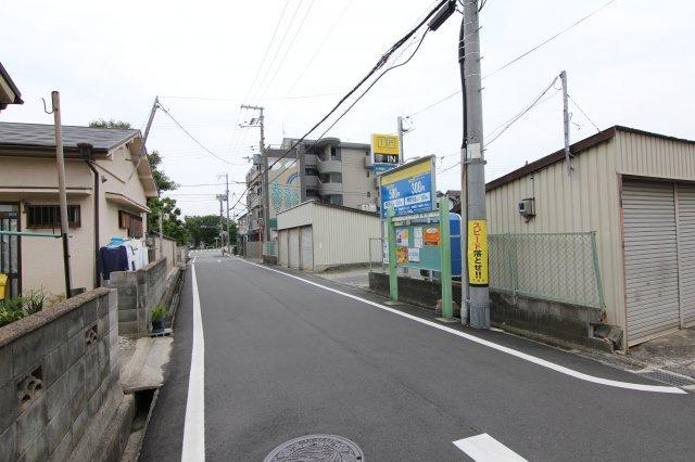 【周辺】上ノ島町2丁目33駐車場