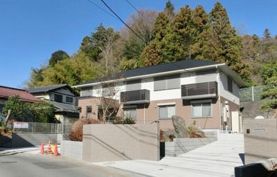 小田急多摩線「五月台」駅より徒歩7分!スーパーが近くてお買い物にも便利な立地☆積水ハウス施工の築浅2階建てアパートです♪