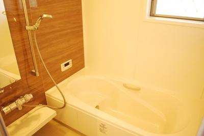 【浴室】門真市浜町 新築一戸建て