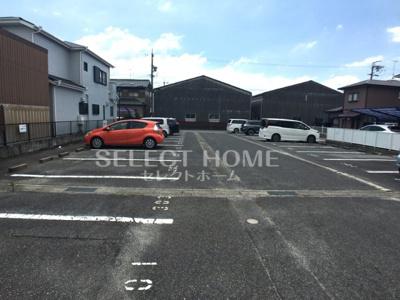 【駐車場】ワンスリーマンション