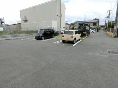 【駐車場】ジョリー・マノワール