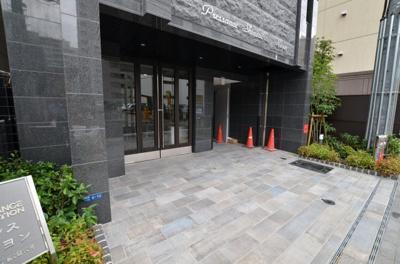 【エントランス】プレサンス心斎橋レヨン