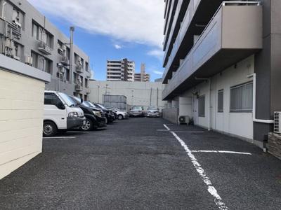 【駐車場】クローネ川口