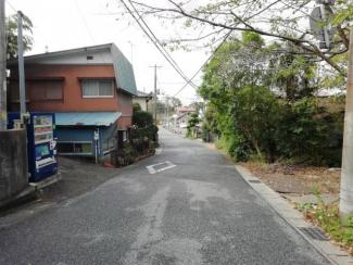 千葉市中央区生実町 前道6mと広々あります