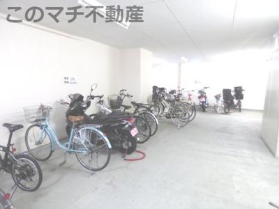 駐輪場(屋内)