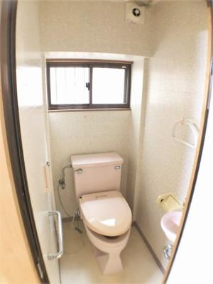 トイレ(和室5.5帖内)