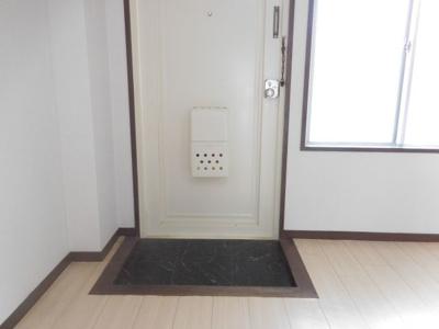 【玄関】メゾンソレイユ2
