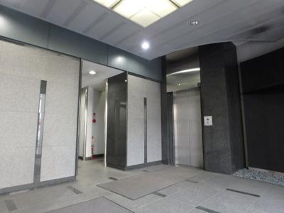 倉敷川西町RGB(倉敷市川西町 賃貸事務所)各階にエレベーターで移動できます☆