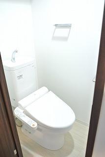 Verona板橋本町LUSSOのトイレ