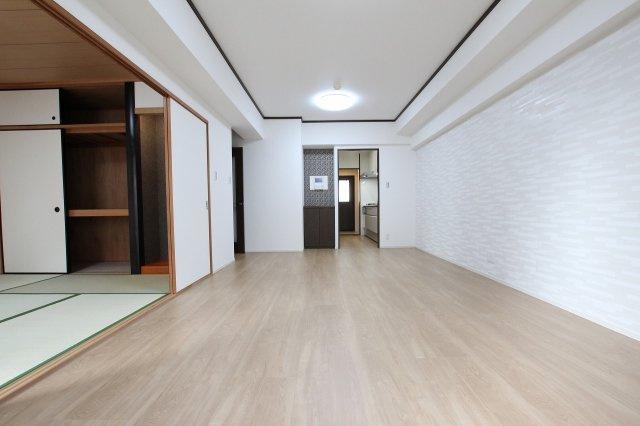 【居間・リビング】西福岡マリナタウンウェーブコースト4番館