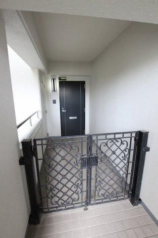 【玄関】西福岡マリナタウンウェーブコースト4番館