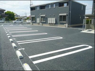 【駐車場】アイランドヒルズアミファイナル