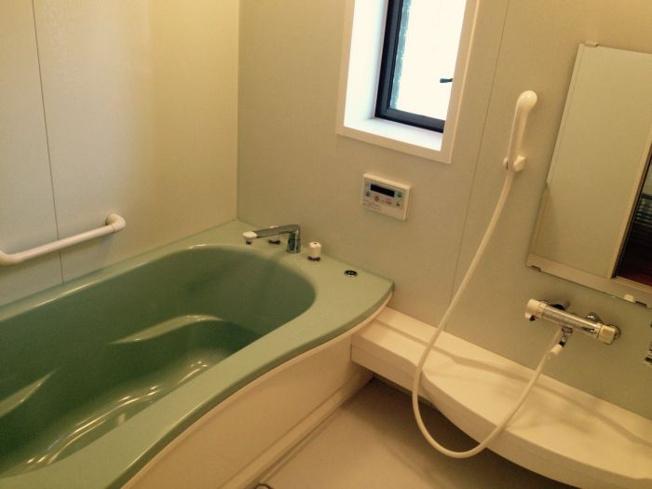 【浴室】今宿東 1丁目戸建て