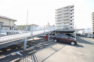 1住戸1台駐車場確保なので安心です