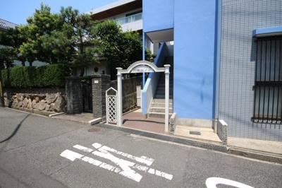 【エントランス】六甲ヒノキ