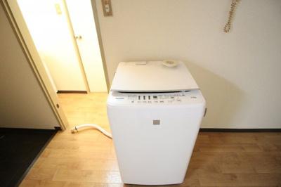 洗濯機は残置物扱いになります
