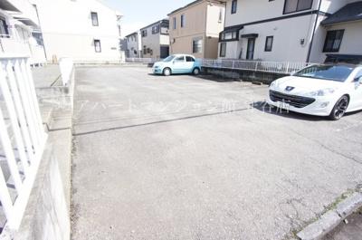 【駐車場】フォーリーフF