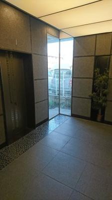 ホテルの様なエレベーターホール