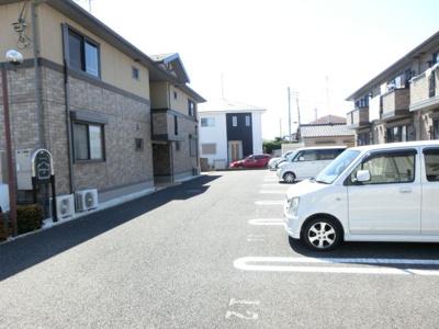 【駐車場】ラビウスコートA