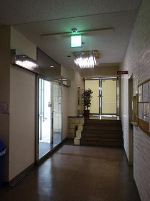 【ロビー】ロイヤル石川町