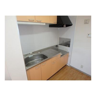 ※イメージ(反転タイプになります) コンパクトなキッチンで掃除もラクラク
