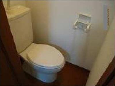 シエスタ大久保B棟のトイレもきれいです