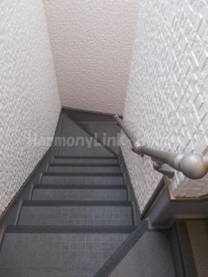 レジデンス中野本町の階段☆