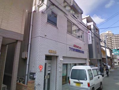 【外観】阪神高速「堺インター」出入口からすぐ! 約30坪の広々事務所 3階