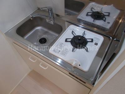 ハーモニー柴又テラスのコンパクトなキッチンで掃除もラクラク