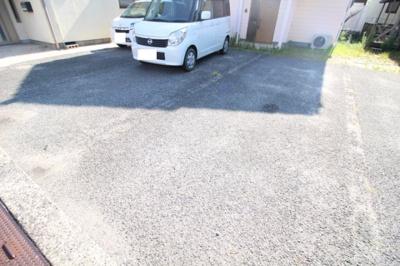 【駐車場】辰巳戸建